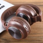 Wireless-Bluetooth-Headphones-Foldable-Stereo-Game-Earphone-With-Mic-Headset-Support-TF-Card-FM-for-iPhone.jpg_q50 (2)